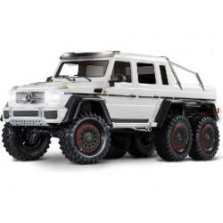 Traxxas TRX-6 Mercedes G 63 6x6 1:10 TQi RTR- BÍLÝ